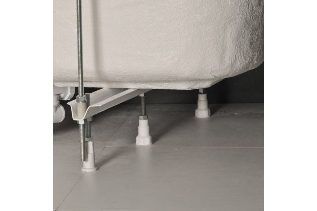 Atrama voniai Ravak, Asymmetric
